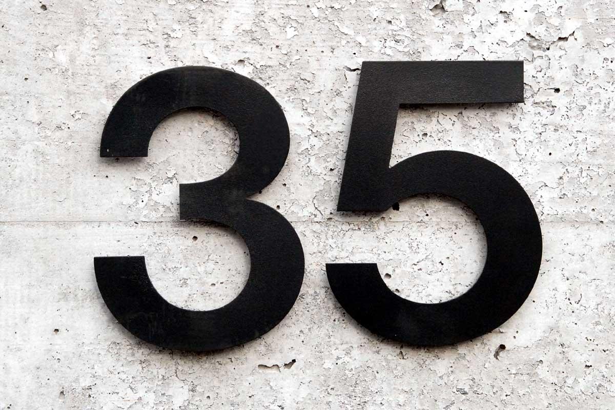 35 >> 35 Dr Odd